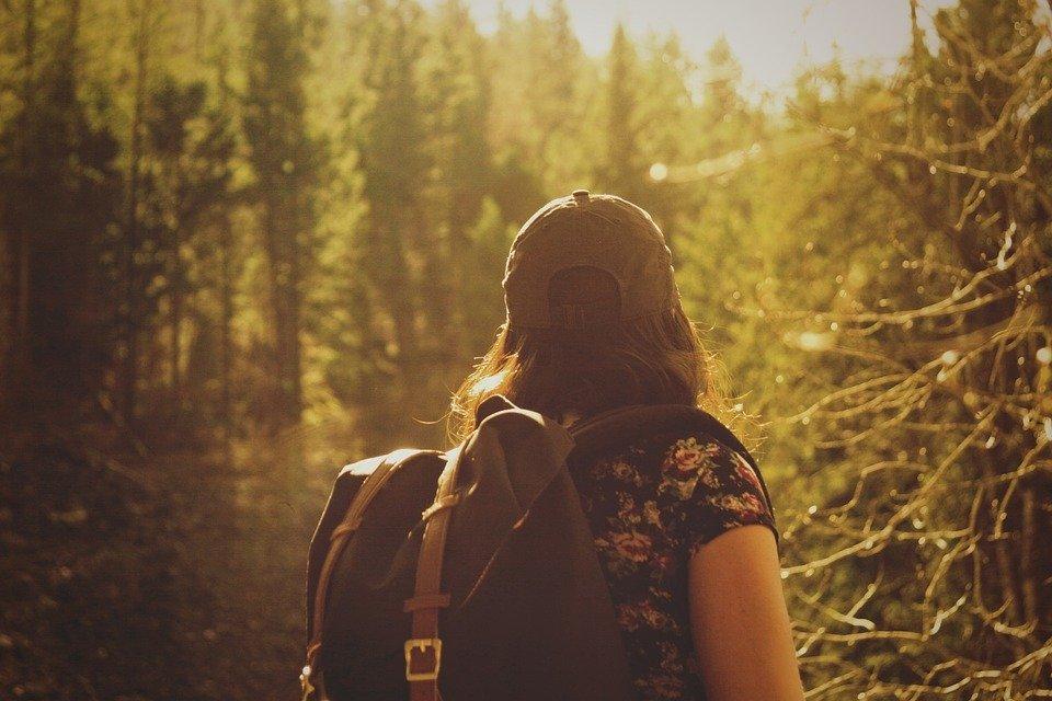 hiker-846094-960-7201