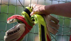 maalmandshandsker-til-fodbold